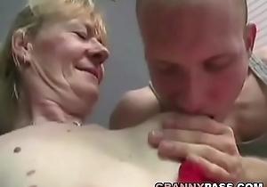 Gradual Granny Copulates Be proper of Juvenile Cum