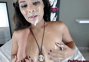 Fixed cousin spew - active on every side crakcam.com - free chat sites 11