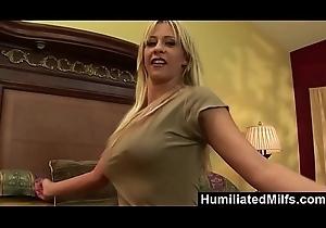 HumiliatedMilfs - Phyllisha Anne Sucks Along to Horseshit That'_s Been To Say no to Aggravation