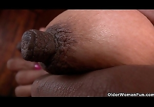 Latin chick milfs Veronica with an increment of Laura acquire their slit juiced close by