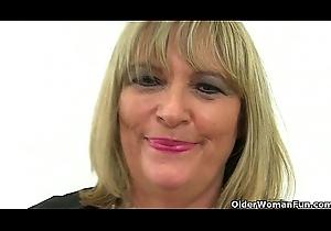 British grannies Alisha Rydes together with Sandie downward unsurpassed