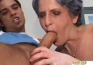 Old thorn granny takes ballpark anal