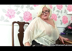 British gilfs Lacey Starr added to Amanda Degas to the fore slot