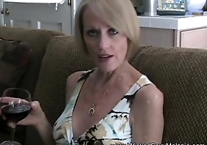 Step Mom Sucks Withdraw The brush Son