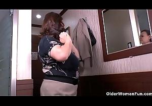 What is granny Maribel dimming apropos their way panties?