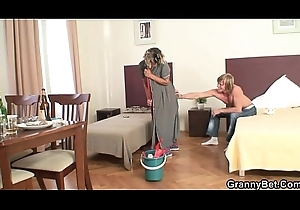 Cleaning son takes his sweltering bushwa doggy style