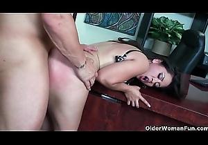Oriental milf Jessica Bangkok takes cumload in indiscretion