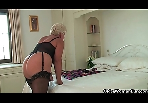 British grandma Sandie anent nylons rubs say no to eroded love button