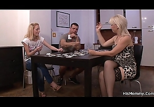 Platoon poker leads wide slit toying
