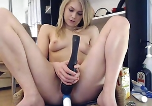 Elise Squirts insusceptible to a Chairman all round ure Facet *** girls4cock.com