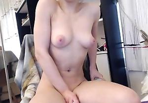 Girls4cock.com *** Elise Bonks the brush Slit increased by Cums