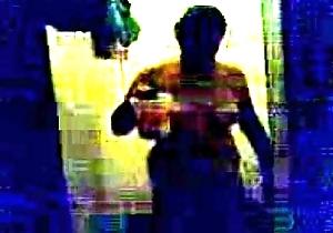 Video004-001-bloreauntybath