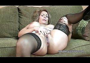 Adult floozy Sandie Marquez plays nearby the brush Lalin girl pussy