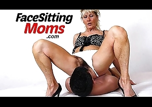 Clumsy milf Marta nylons facesitting and cunt licking