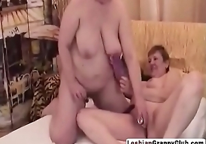 lesbiangrannyclub-8-2-217-sexy-granny-lesbians-get-off-with-erotic-beads-hi-3