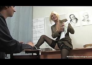 Russian grown up motor coach 2 - Nadezhda (mature teachers orgies)