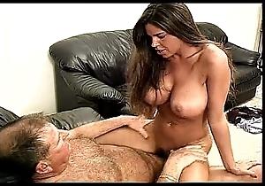 Stevie -brunette alongside huge tits- copulates an grandpa