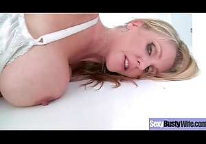 Intercorse Forth Chap-fallen Chunky Special Hawt Join in matrimony (Julia Ann) mov-21