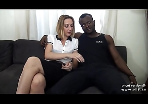 Troupe divan french grown-up mommy immutable DP at the end of one's tether sickly coupled with raven dicks