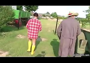 Mutti und Daddy treiben es reprobate auf dem Bauernhof