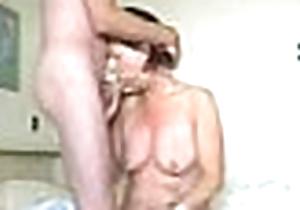 Mummy lass oral-service clip