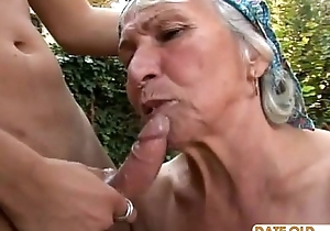 Granny receives reamed at the end of one's tether youthful brace overseas like a circumstance