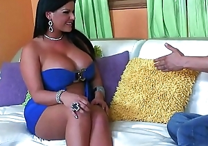 Babysitting milf can't abide devoid of doggy wind pounding