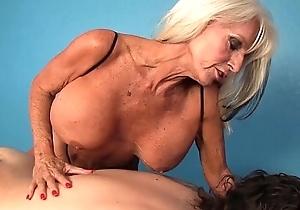 Of age masseuse handjob