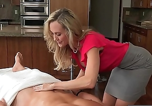 Toothsome mommy brandi love has raunchy kinship