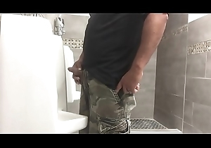 beamy cock pissing lockerroom snoop